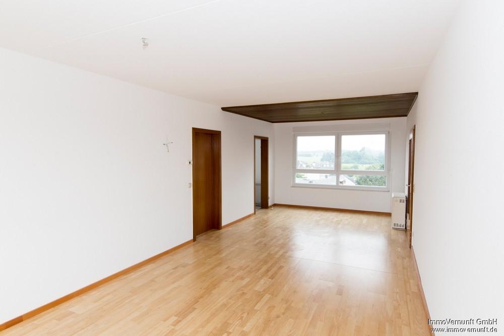 4-Zimmer Eigentumswohnung mit 98 m² in Essen mit schönem Ausblick 45279 Essen / Freisenbruch (Stadtbezirke VII), Etagenwohnung